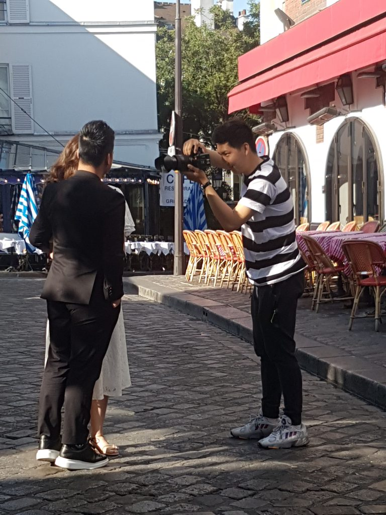 Photo shoot at Place du Tertre