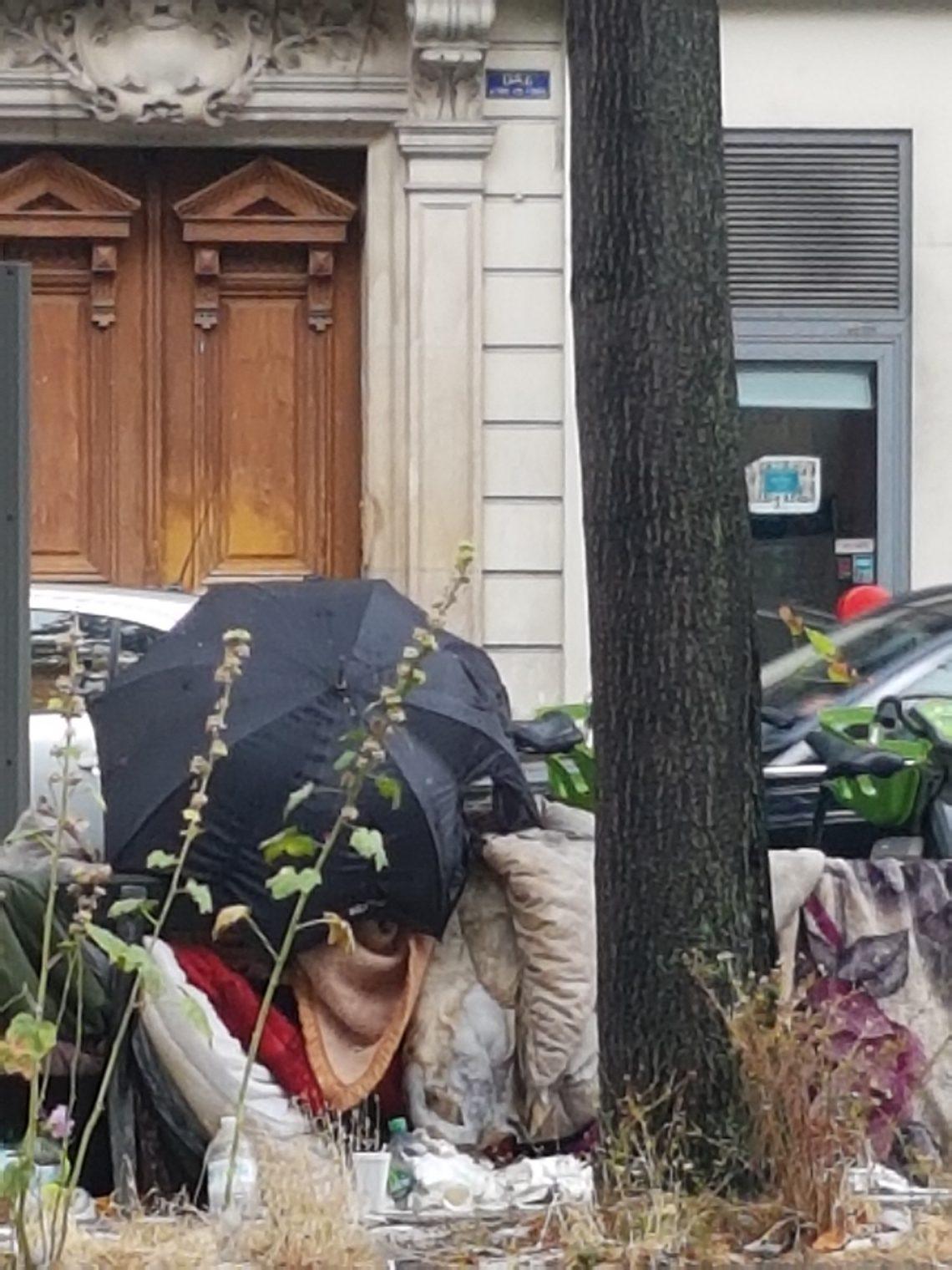 Street Homeless in Paris